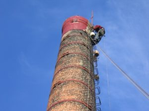 ремонт и покраска кирпичной дымовой трубы