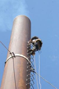 Покраска дымовой трубы котельной